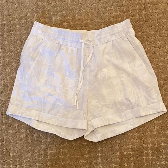 lululemon spring break shorts
